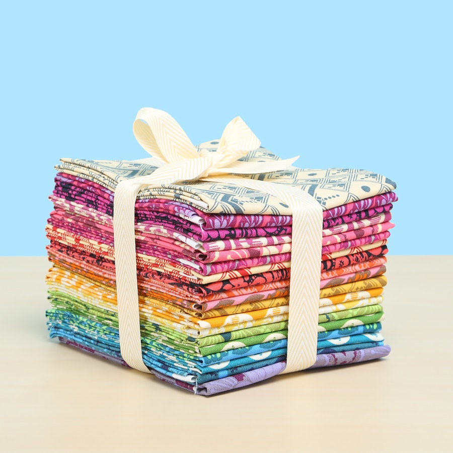 True Colors by Anna Maria Horner Fat Quarter Bundle