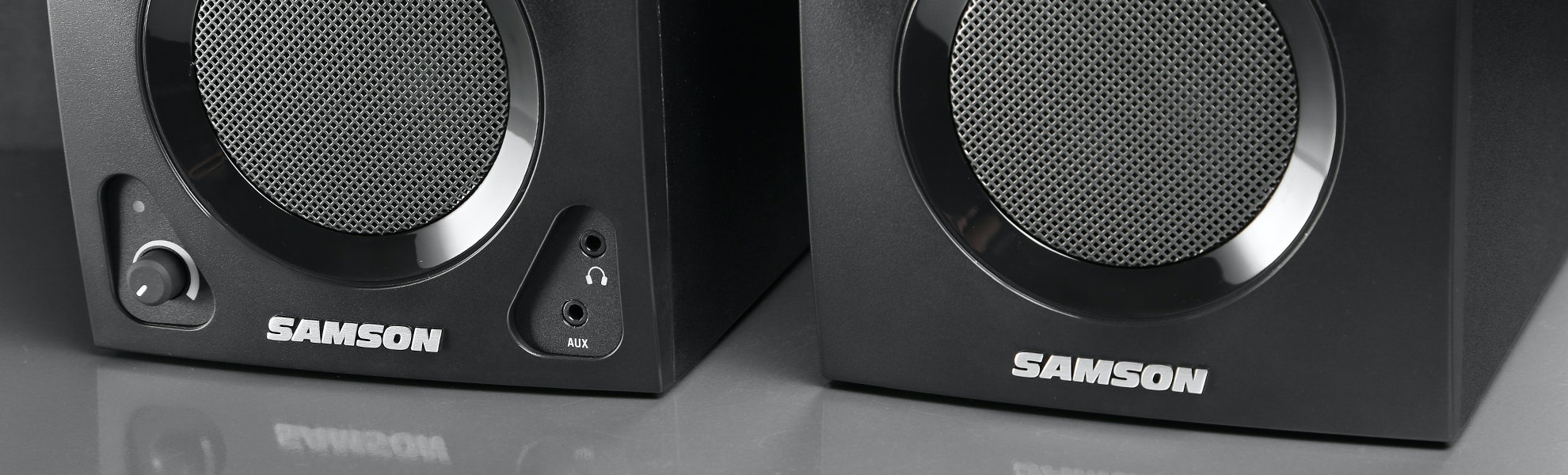 Samson MediaOne BT3 Active Studio Monitors