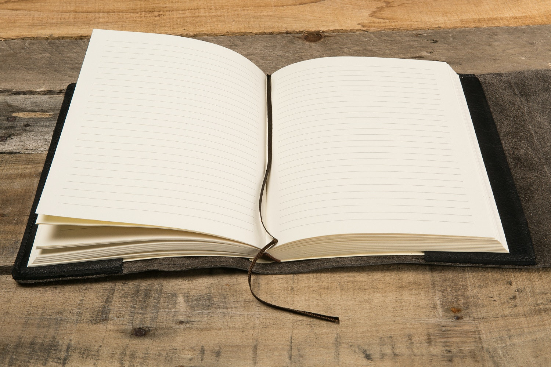 "Manufactus ""No Bag"" Refillable Leather Journal"