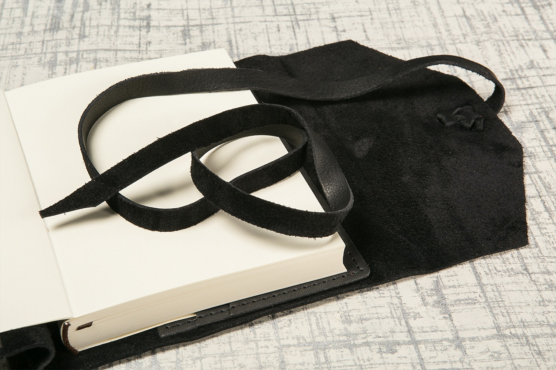 "Manufactus ""Laccio"" Refillable Leather Journal"