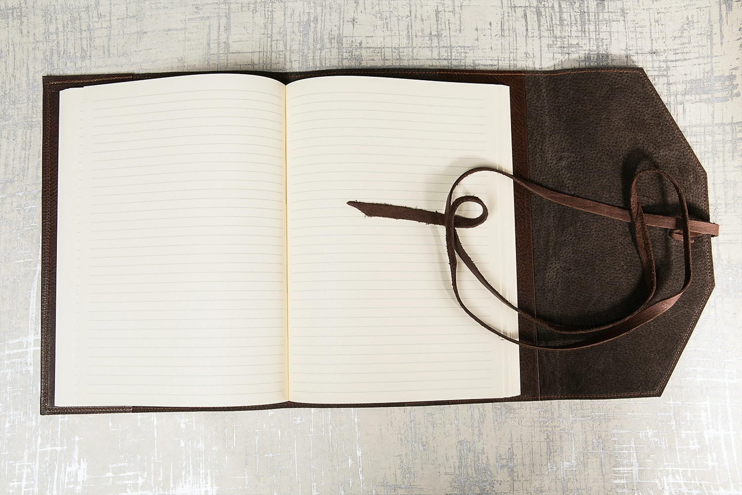 "Manufactus ""Laccio"" Refillable Leather Journal"
