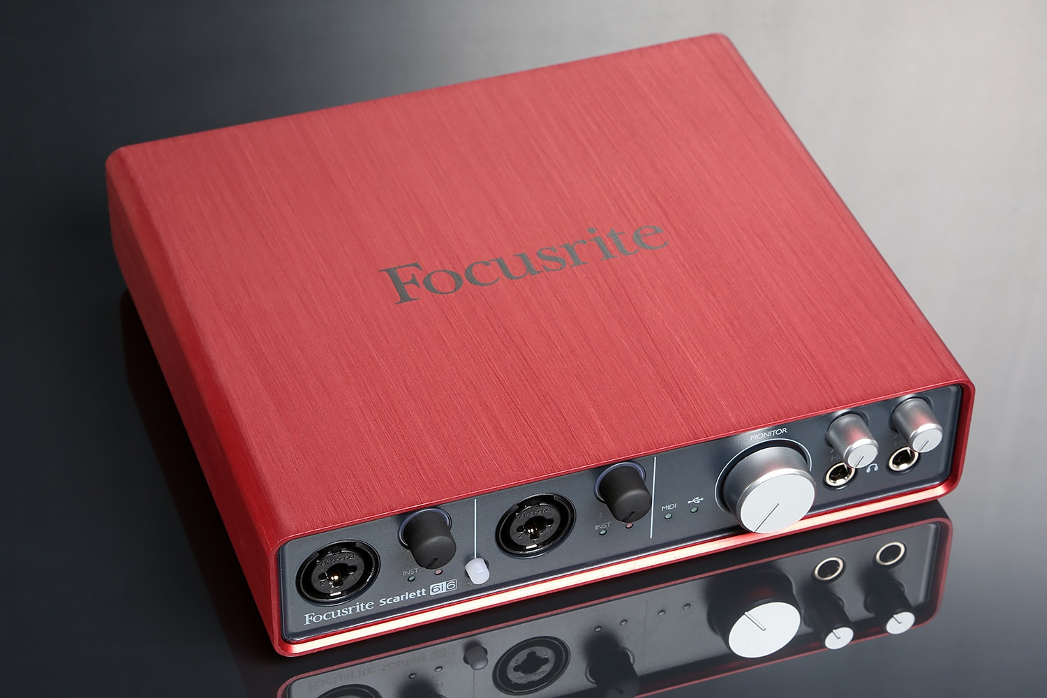 Focusrite 6i6 USB Audio Interface