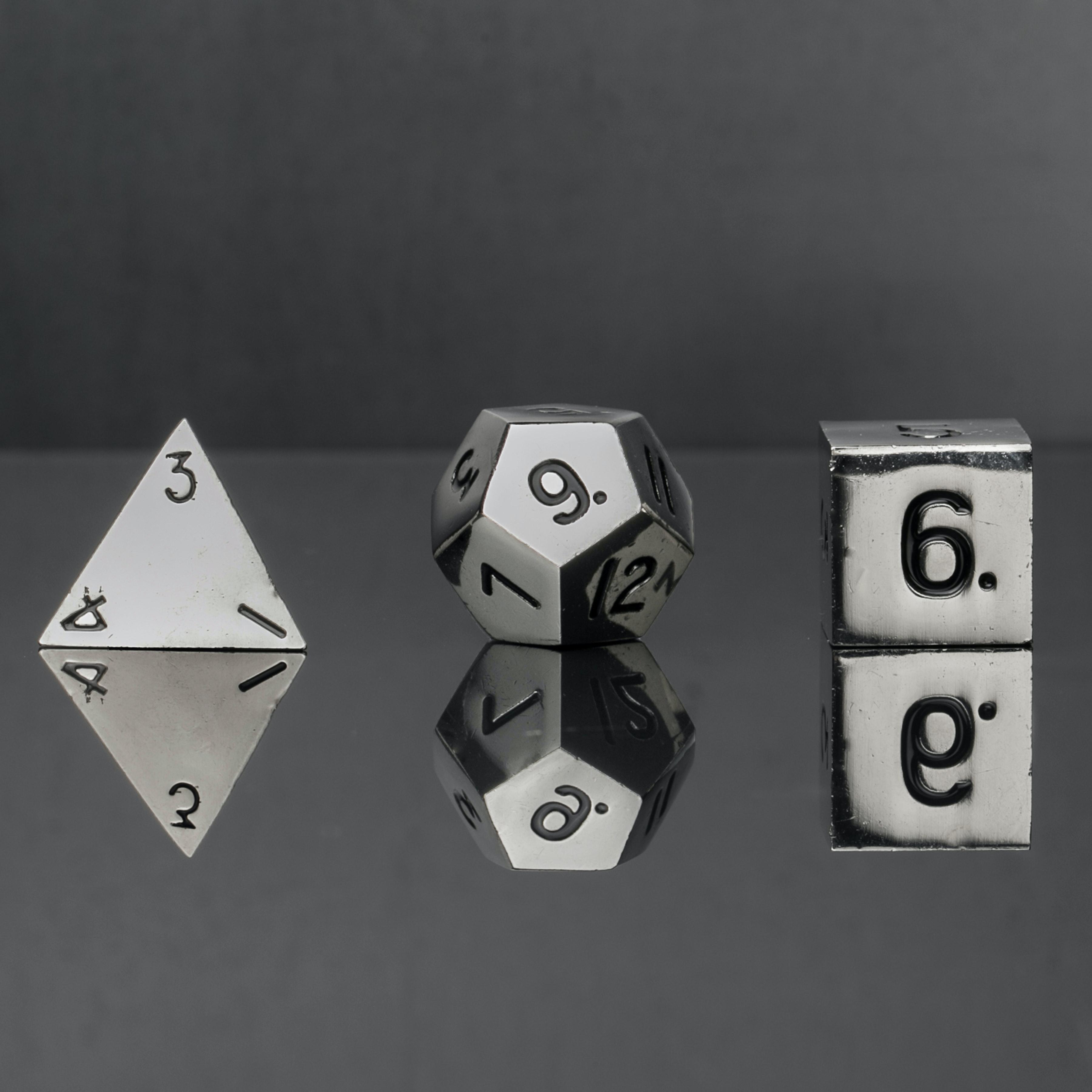 Metallic 16mm Shiny Silver Polyhedral Dice Set