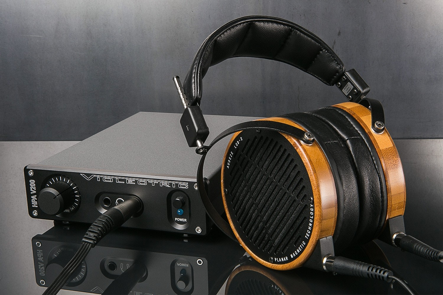 Audeze LCD-2 + Violectric HPA V200