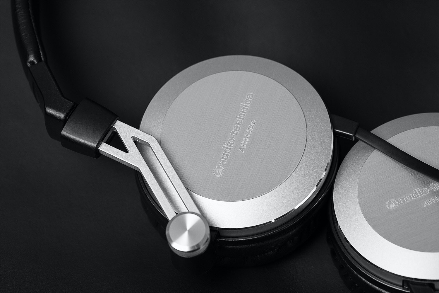 Audio-Technica ATH-ES88 Portable Headphones