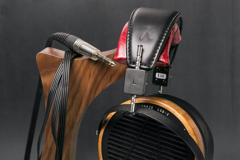 Volti Audio Headphone Stand