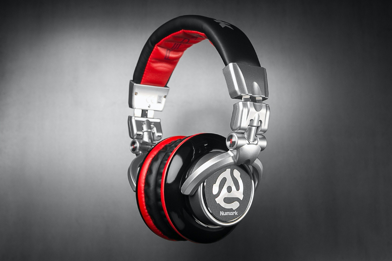 Numark Redwave DJ Headphones