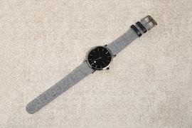 Black Dial, Grey Tweed