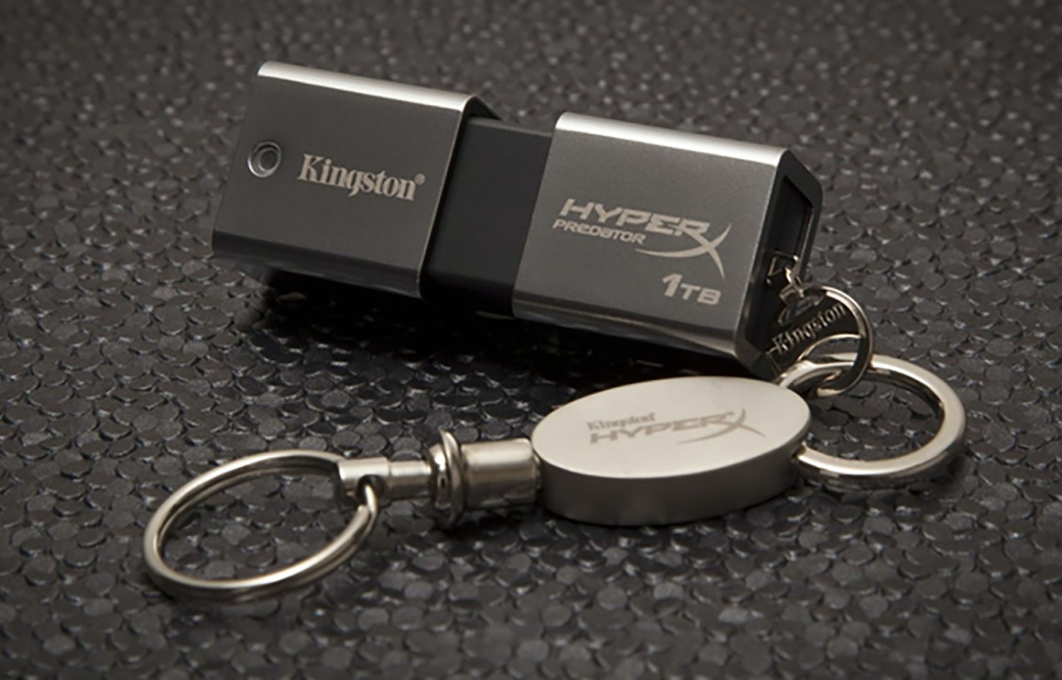 Kingston HyperX Predator 1TB USB 3.0 Flash Drive