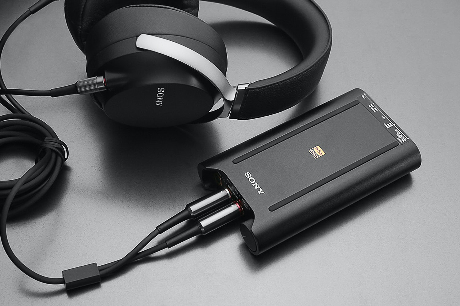 Sony PHA-3 Portable DAC/Amplifier Combo