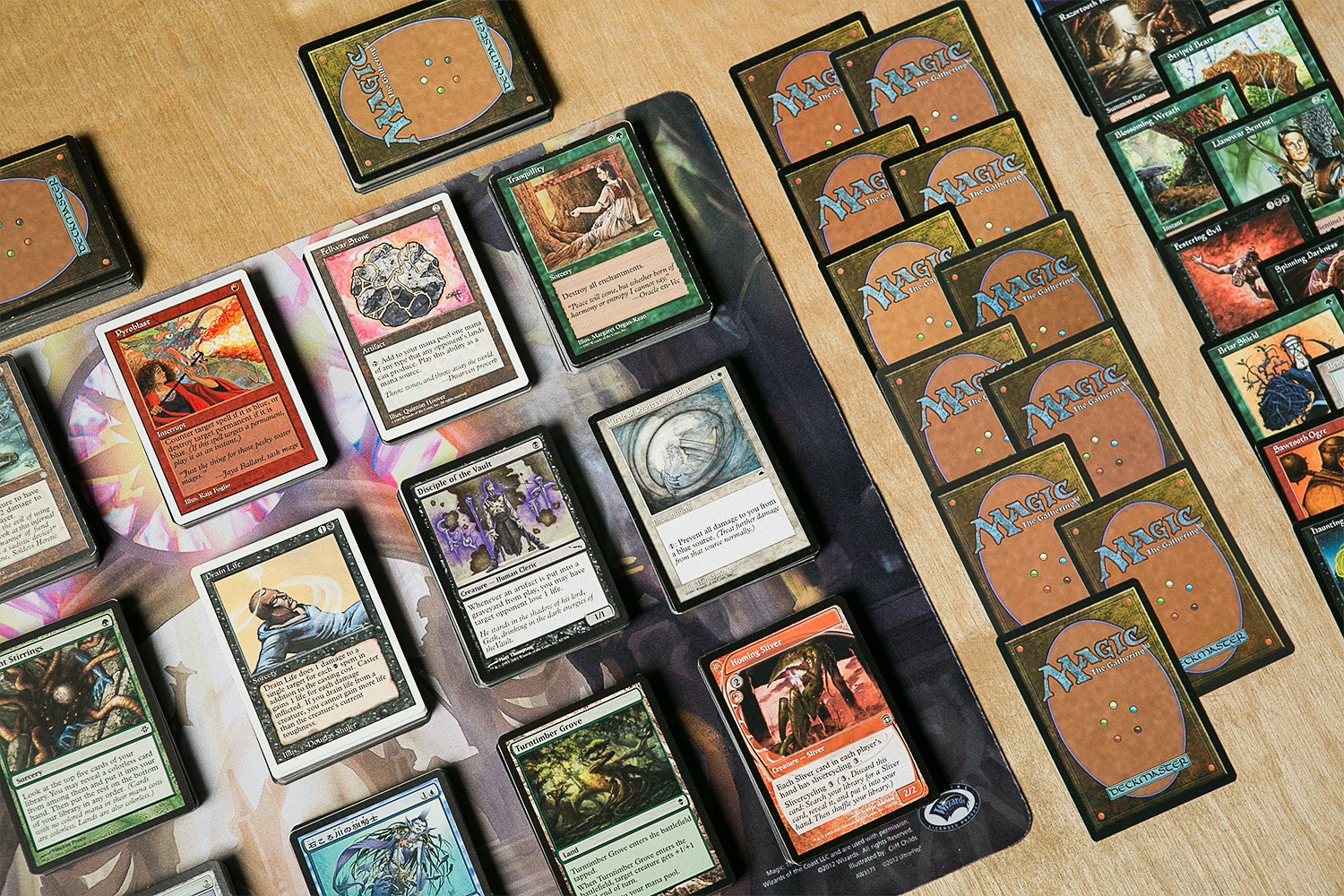 1000 Assorted Magic: The Gathering Cards