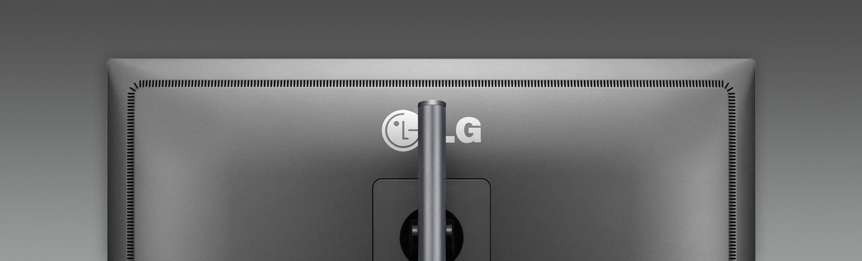 """LG 31"""" Digital Cinema 4K Display 31MU97C-B"""