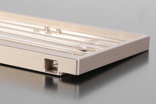 60% Aluminum Case