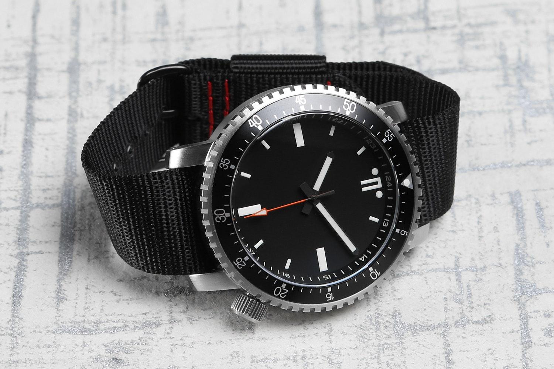 Maratac SR-9015L Watch