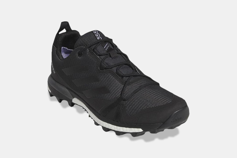 Carbon/Black/Gray Four