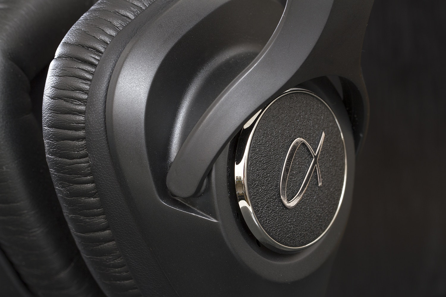 Alpha Design Labs H118 Headphones