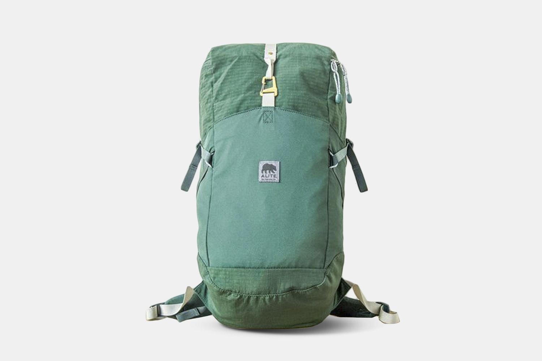 Arcata Pack – Sutro Green (+$10)