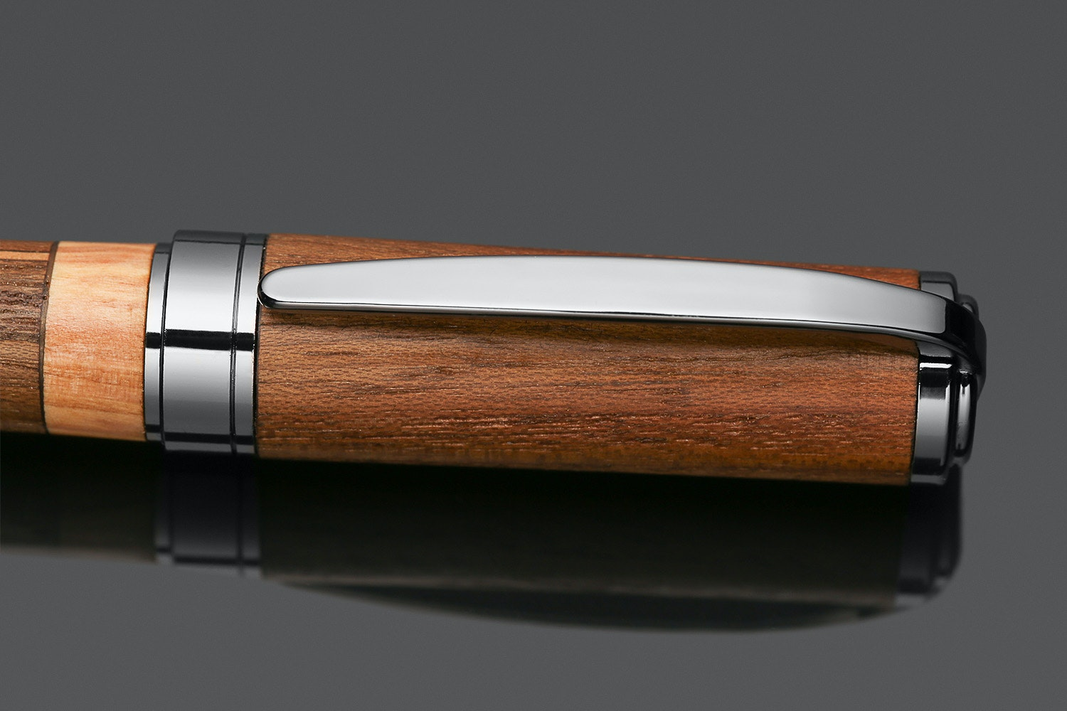 """Allegory """"The Cap"""" Fountain Pen & Leather Case"""
