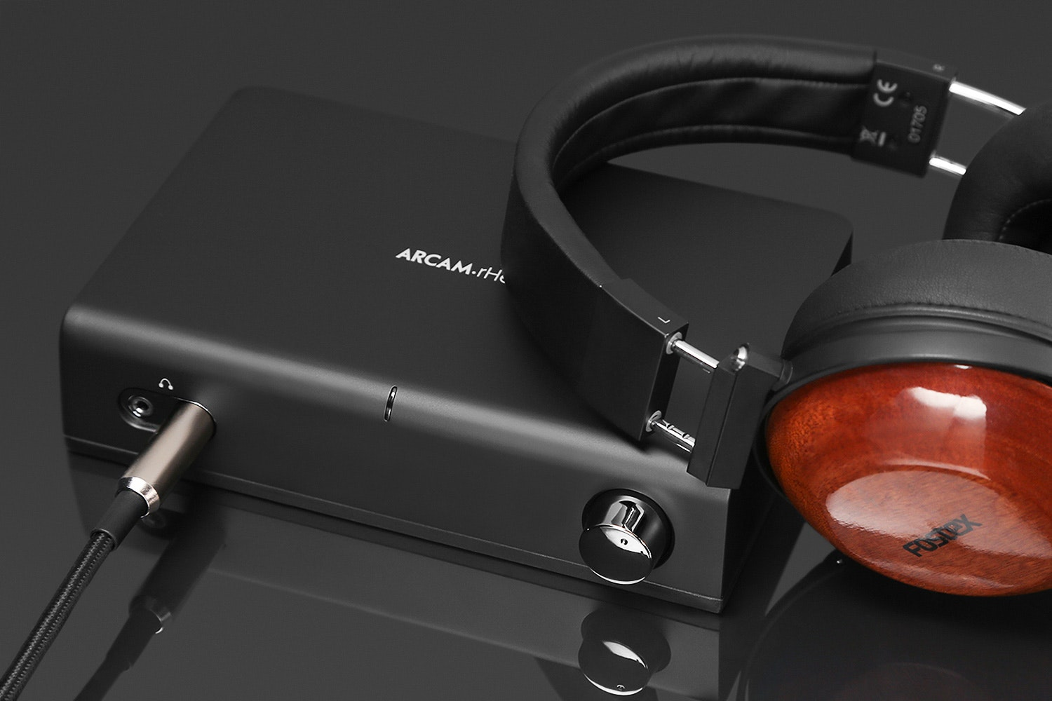 Arcam rHead Headphone Amp