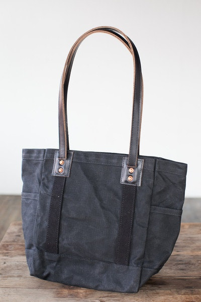 Artifact Carry Tote