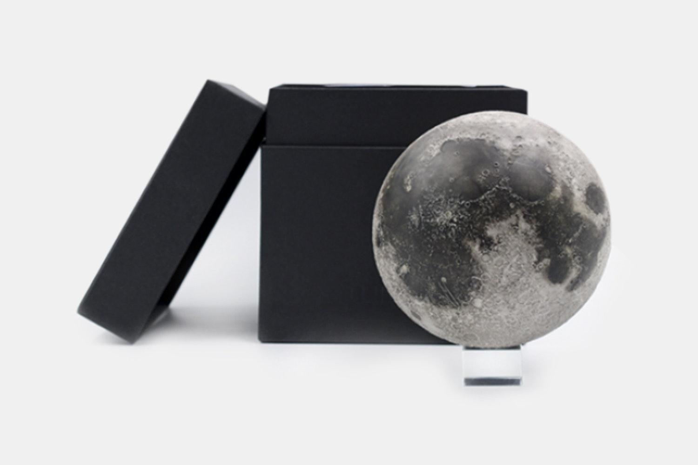 AstroReality Lunar Augmented Reality Model