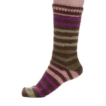 #665: Brown, Fuchsia, Pink, Green