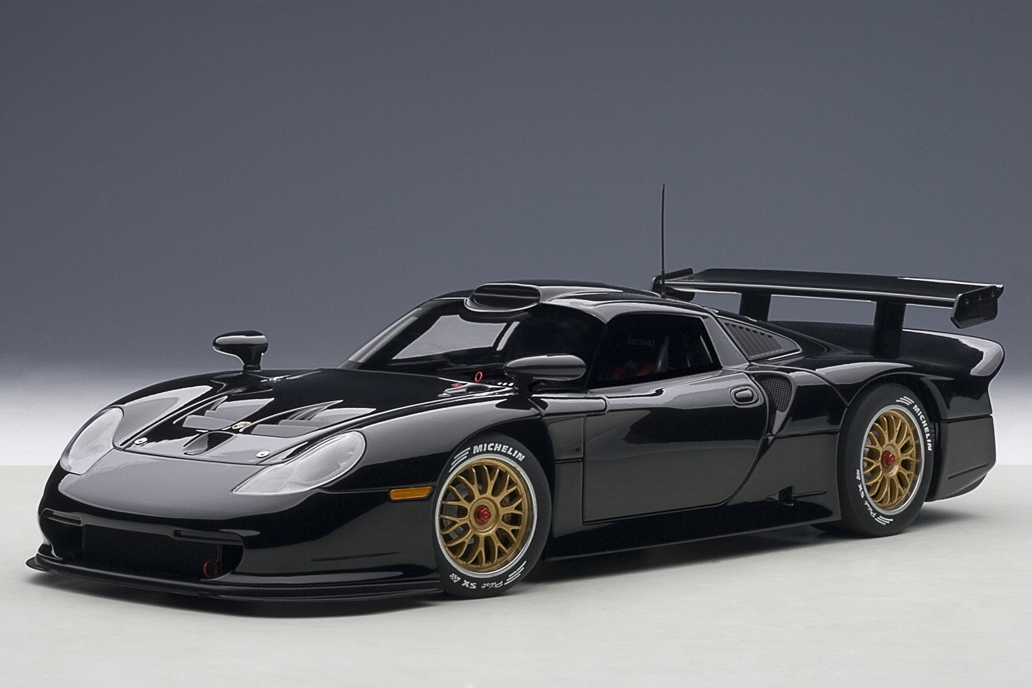 Porsche 911 GT1 1997, Plain Body Version, Black