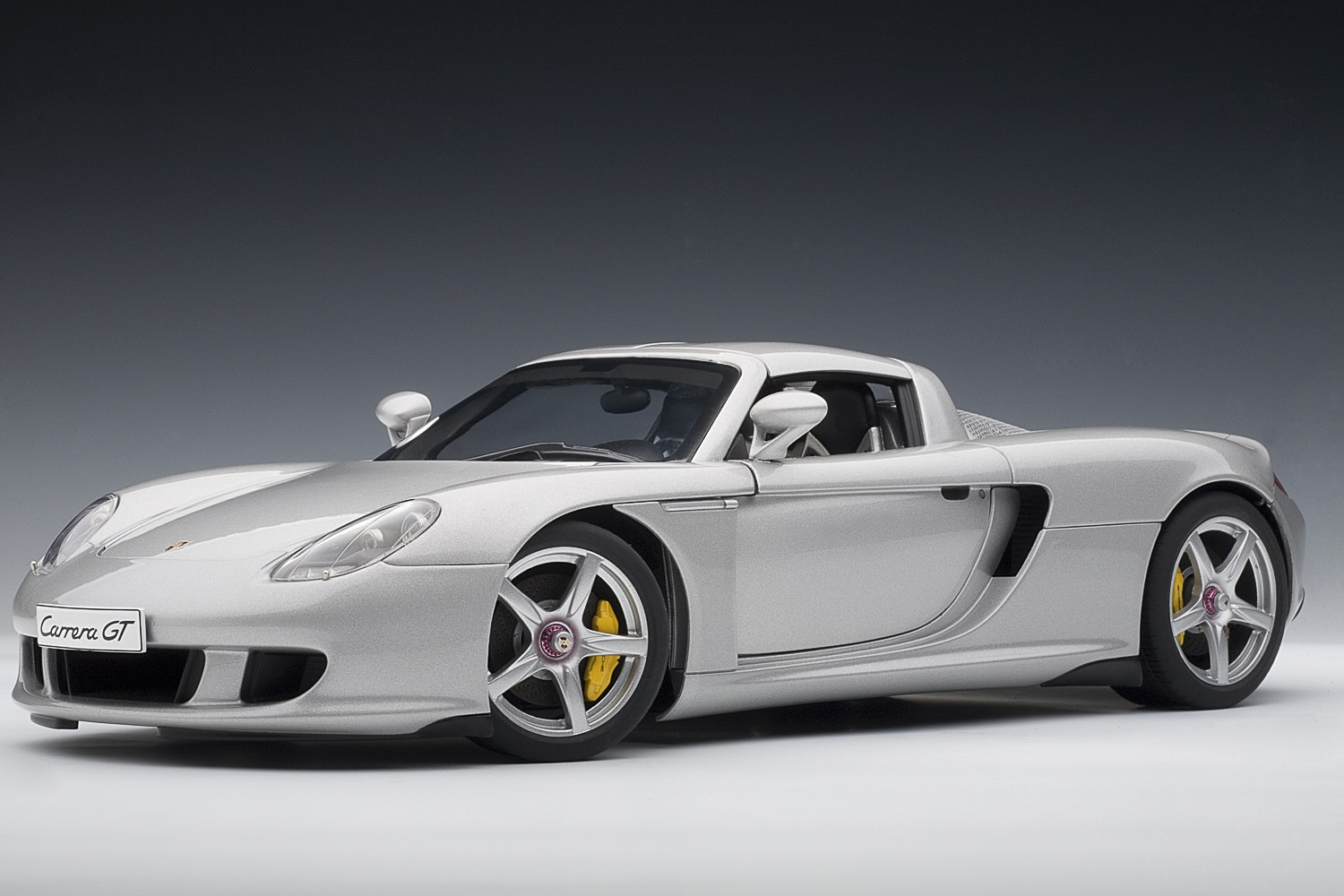 Porsche Carrera GT, Silver with Black Interior