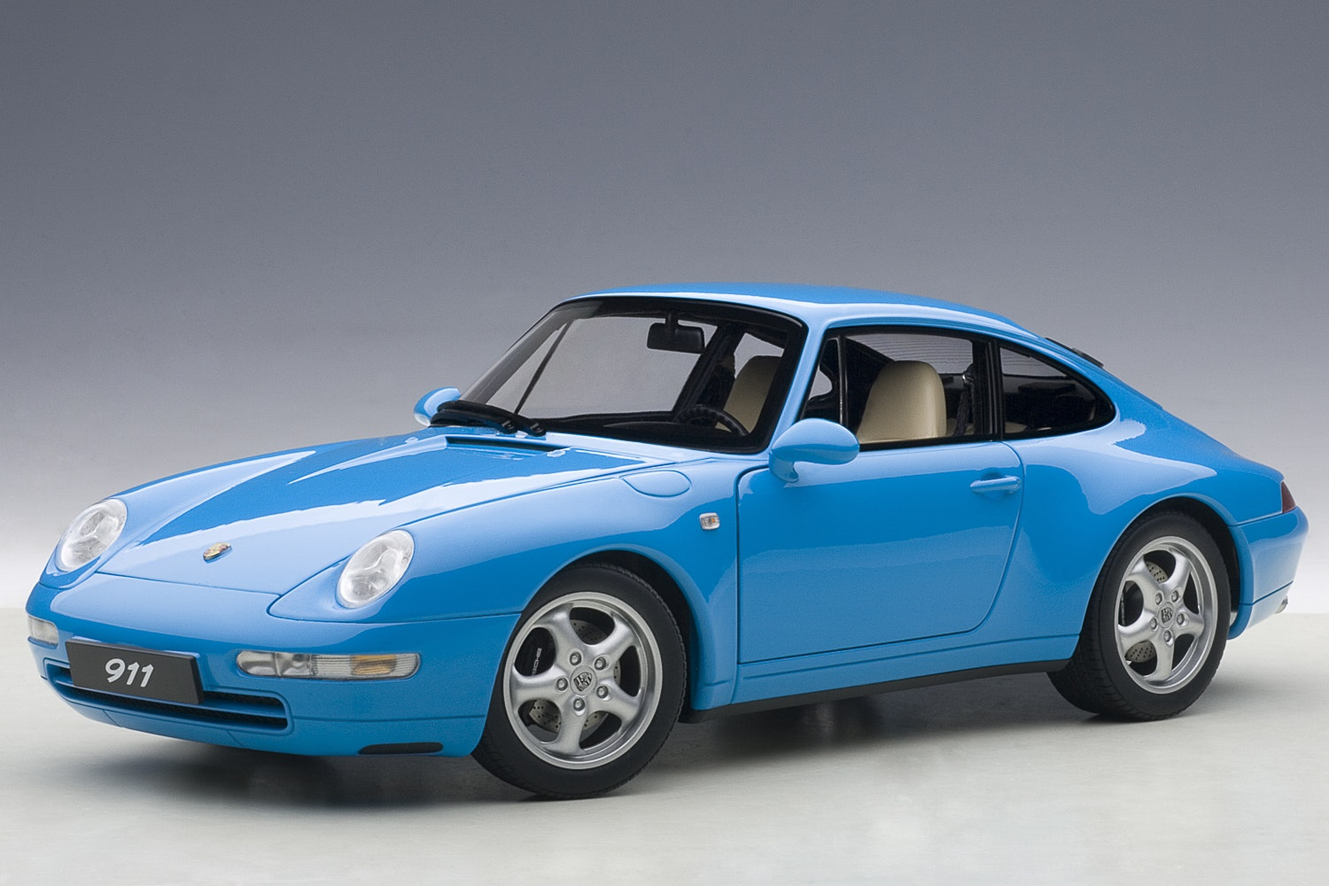 Porsche 993 Carrera 1995, Riviera Blue Metallic