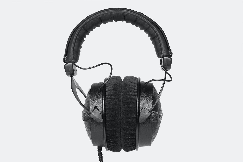 Beyerdynamic DT770 Pro 80-Ohm Limited-Edition Black