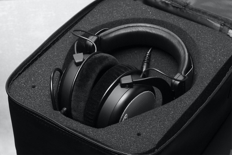 Beyerdynamic DT880 All Black Everything