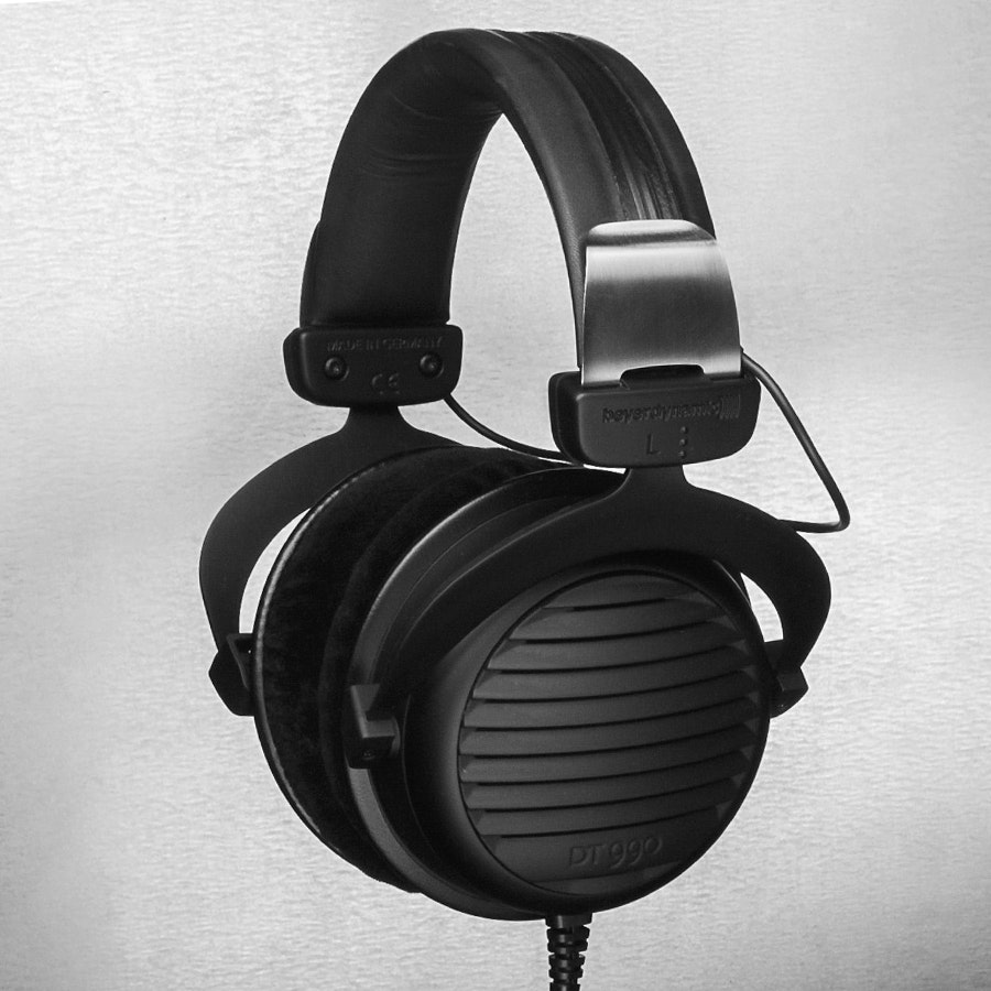 Beyerdynamic DT990 All Black Everything