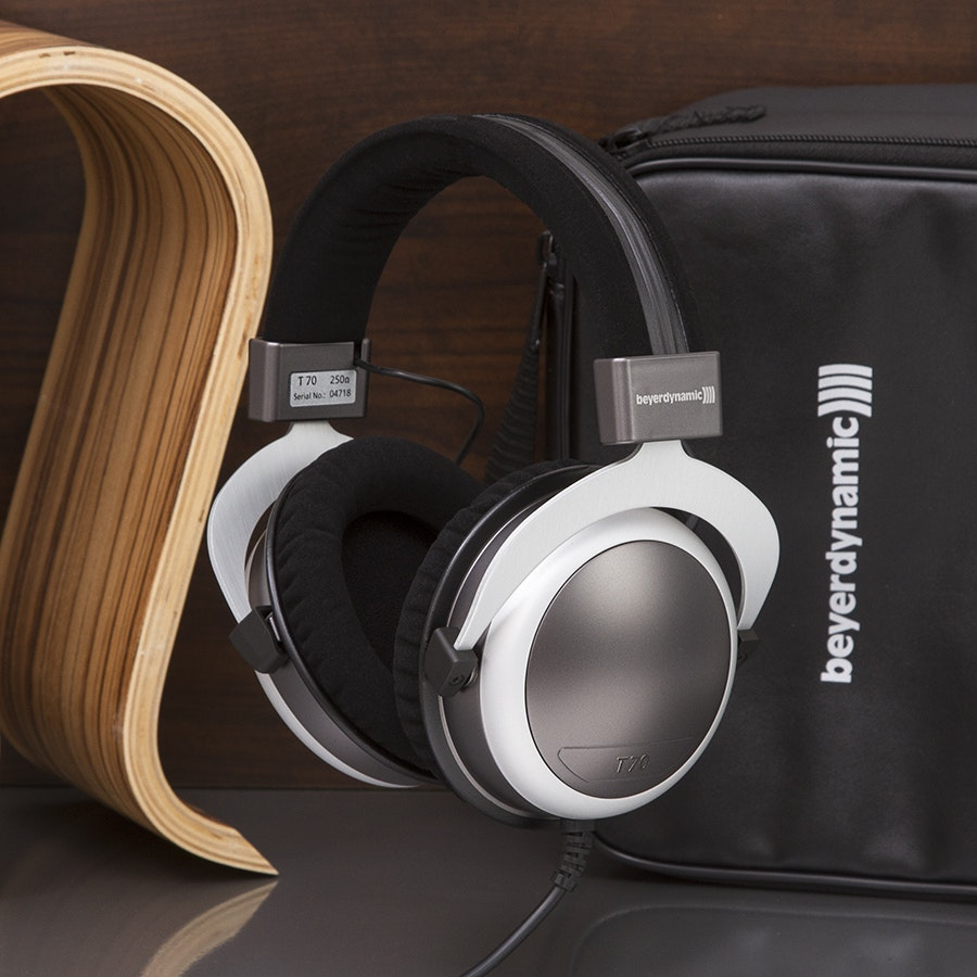 Beyerdynamic T70/T70p Audiophile Headphones