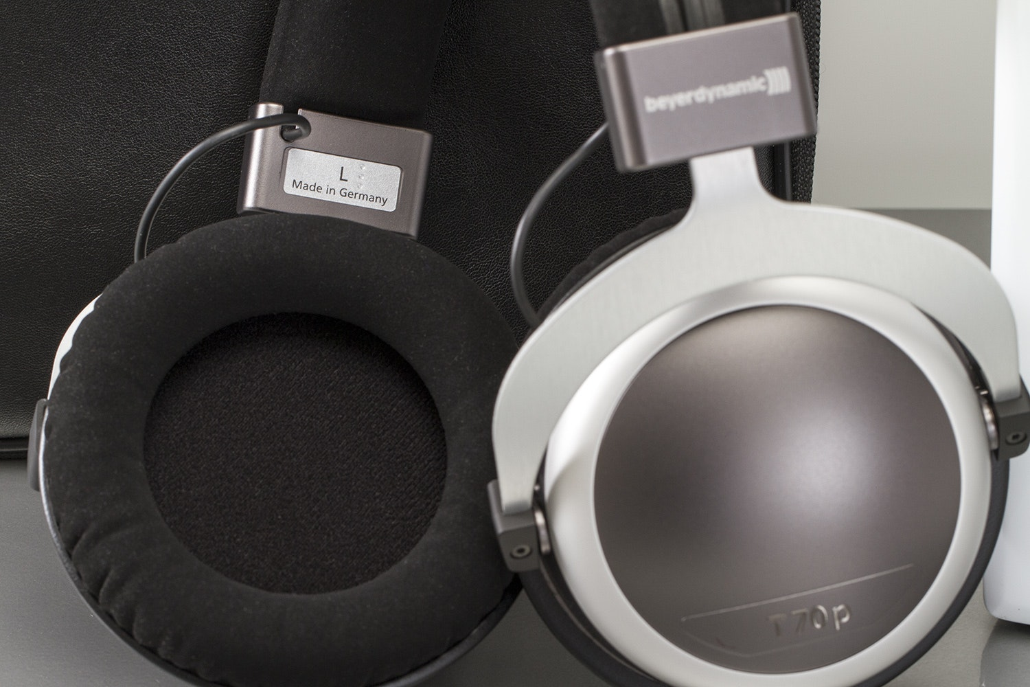 Beyerdynamic T70p Audiophile Headphone