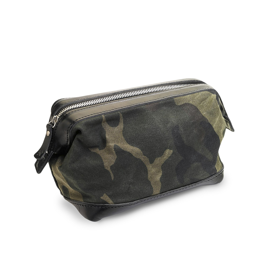 Billykirk No. 477 Carryall Dopp Kit