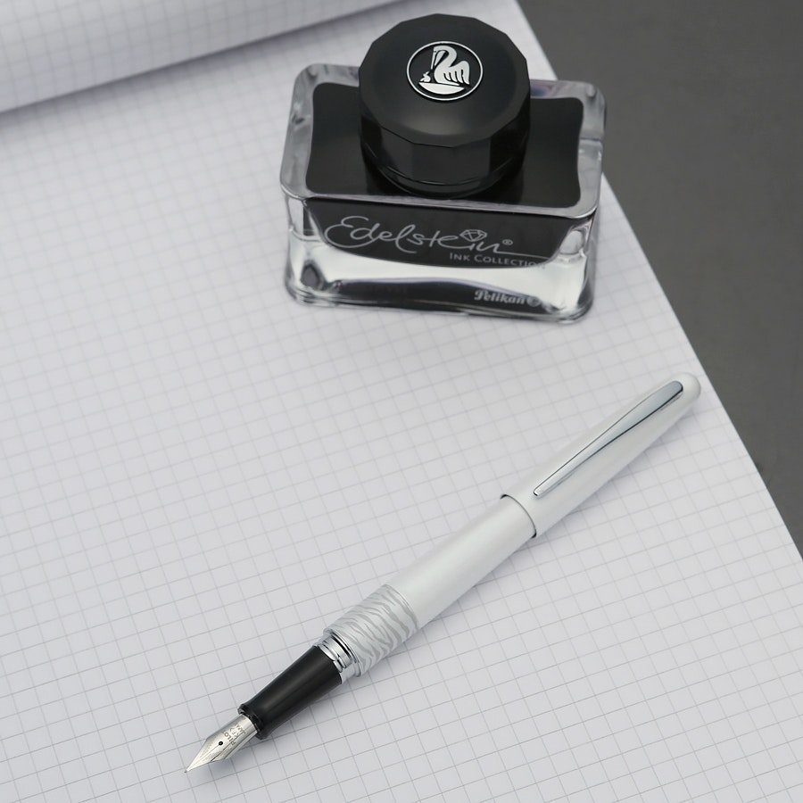 Pilot White Tiger + Rhodia Ice Bundle