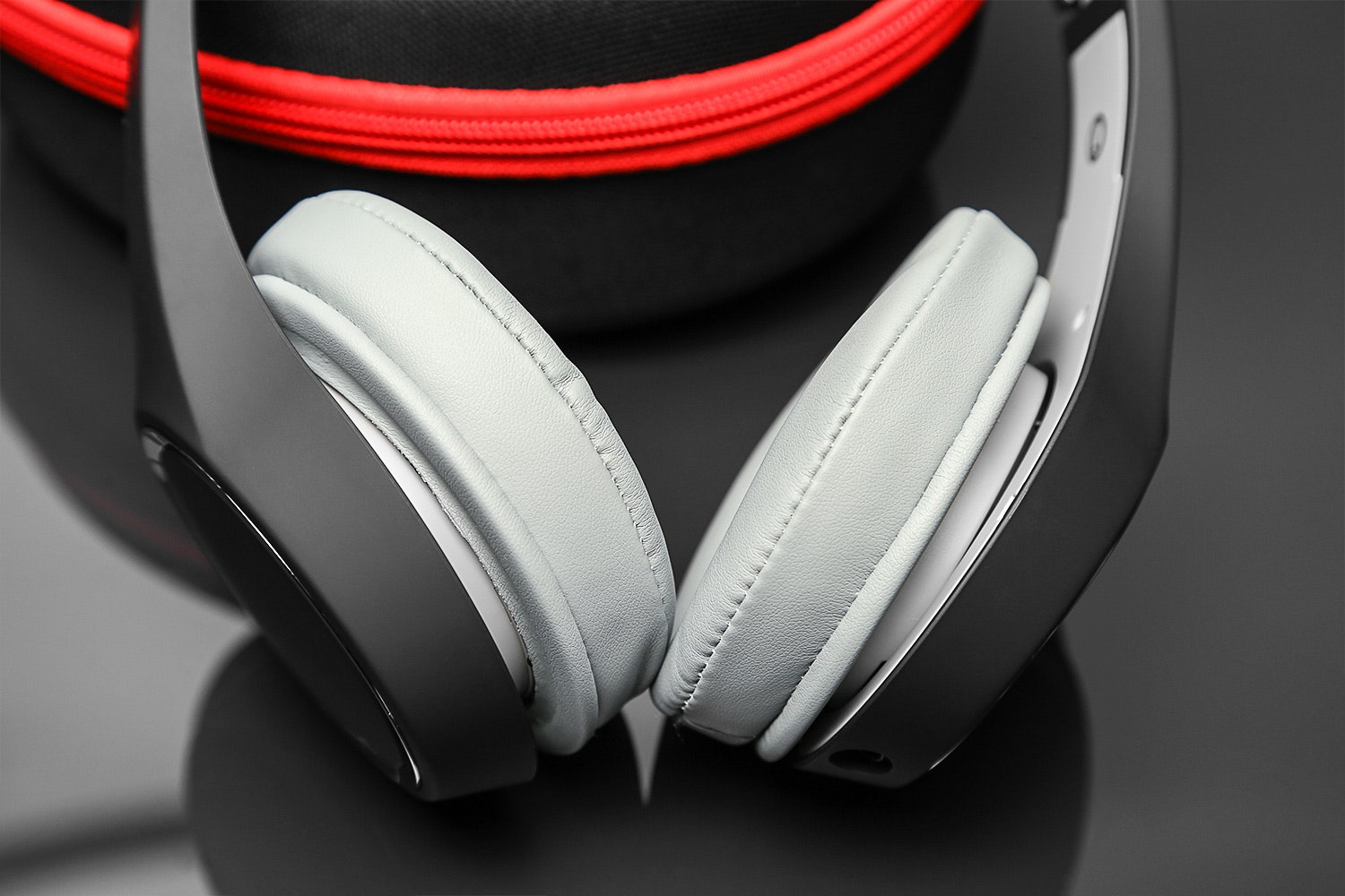 Brainwavz HM2 Portable Headphones