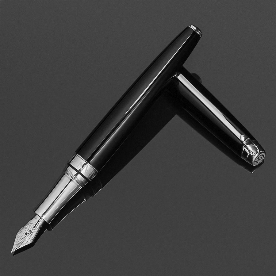 Caran d'Ache Leman Fountain Pen