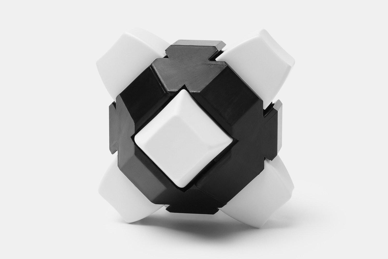 Monochrome (Black)