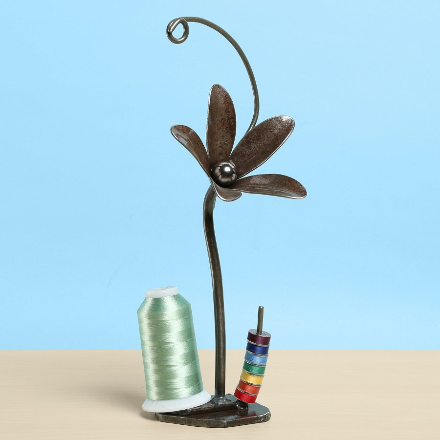 Coneflower Thread Holder