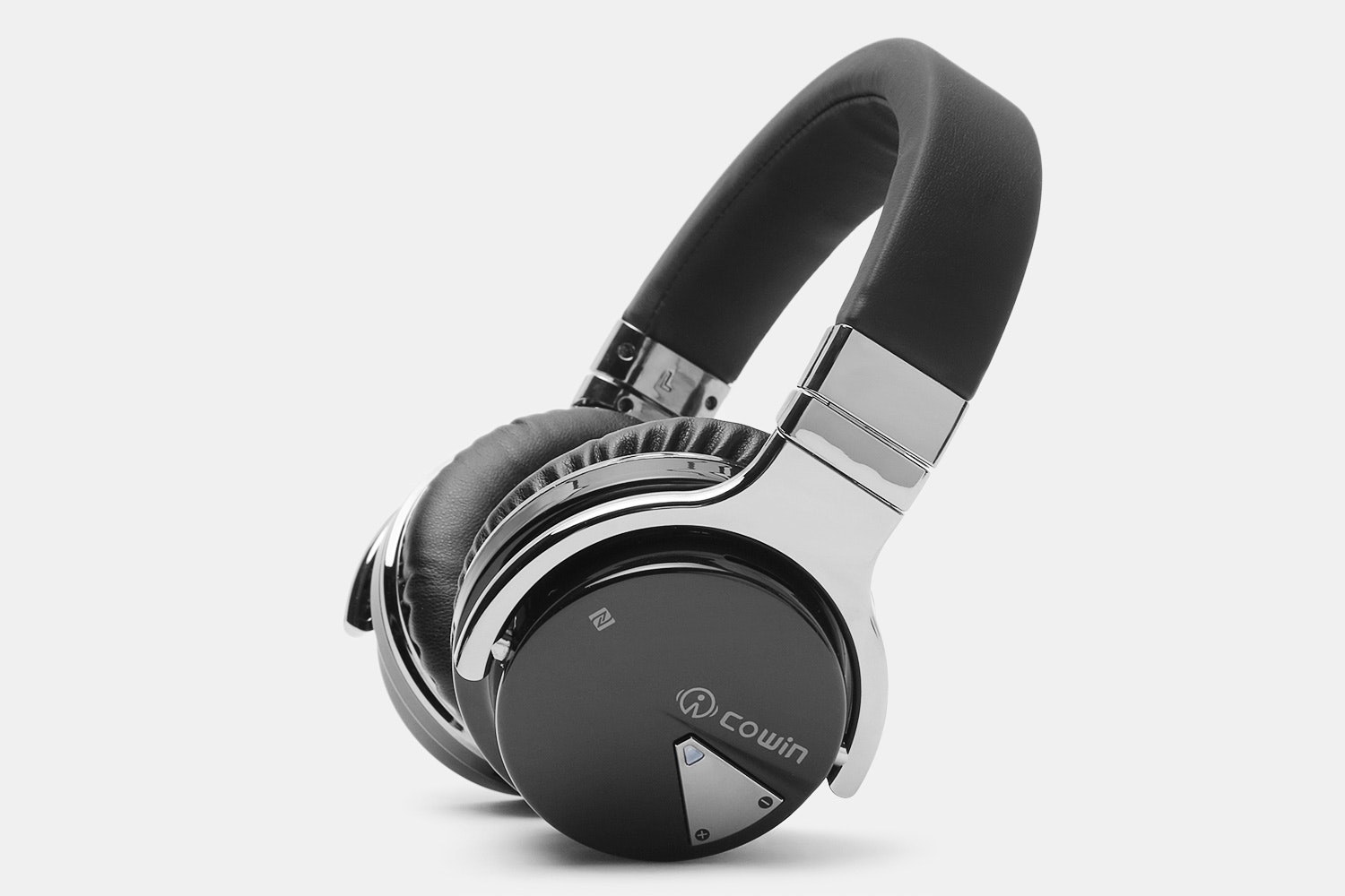 Cowin E-7 Noise-Cancelling Bluetooth Headphones