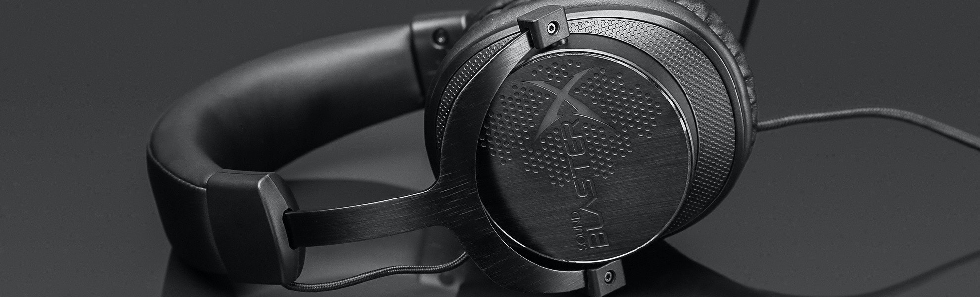 Creative H7 BlasterX Headset w/Stand