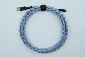 Blue Pattern Paracord w/ Clear Techflex (Black heatshrink)
