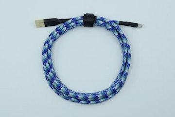 Blue Pattern Paracord (Black heatshrink)