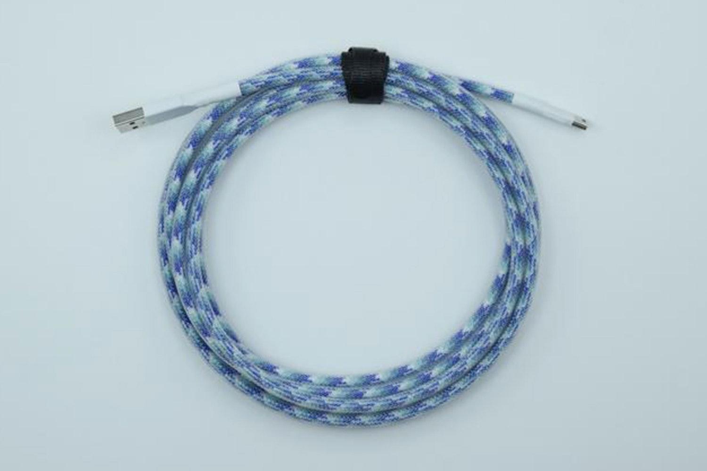 Blue Pattern Paracord w/ Clear Techflex (White heatshrink)