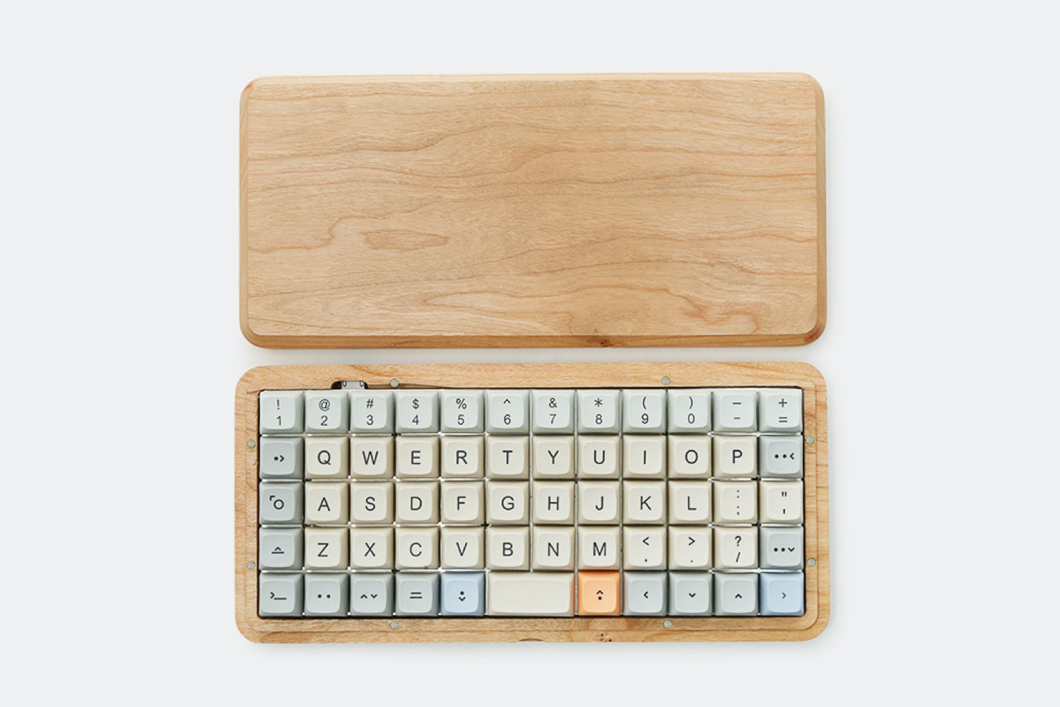 Datamancer Preonic Hardwood Case