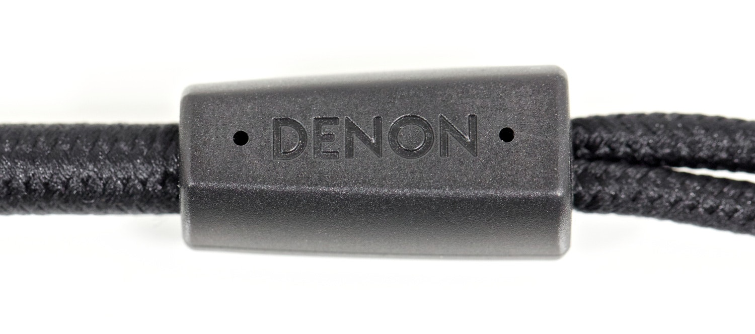 Denon D5000 Audiophile Headphones