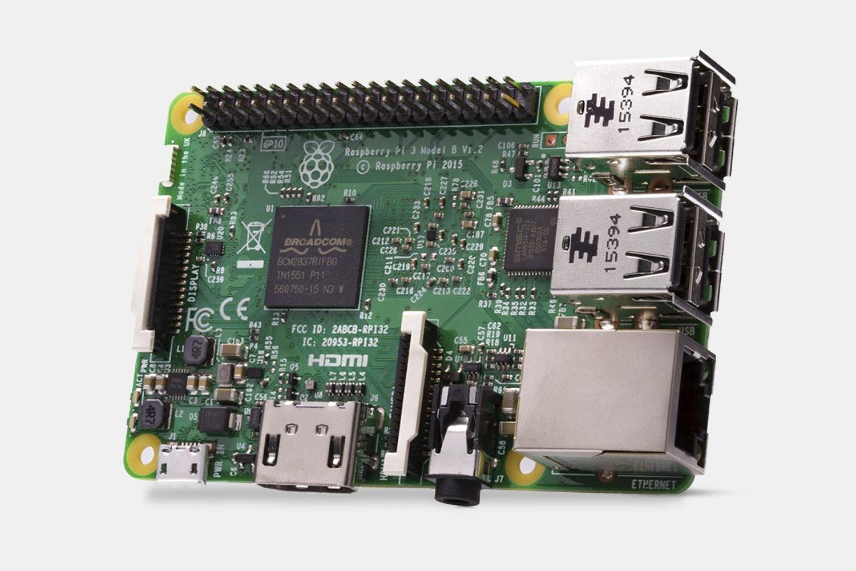 DFRobot Raspberry Pi Kit (Windows 10 IoT)