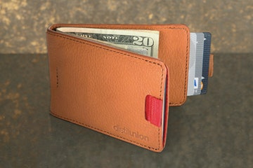 Wally Bifold: Brown