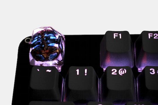 Dwarf Factory Spooky Fossil Artisan Keycap